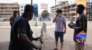 WATCH: Ghana Police officer Questions Chinese Man For Going Out On Lockdown
