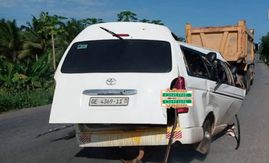3 killed in Nsawam Adoagyiri accident [photos]