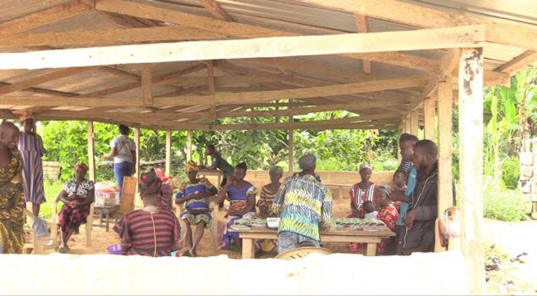 Saakye Village does not wait for gov't, they built their school but need support